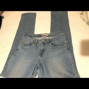 Levi's straight Size 29 x 32